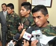 """Soldados bolivianos: """"La justicia chilena debería apoyarnos en nuestra lucha contra el contrabando"""""""