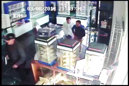 14 y 15 años tienen adolescentes que asaltaron óptica en Iquique