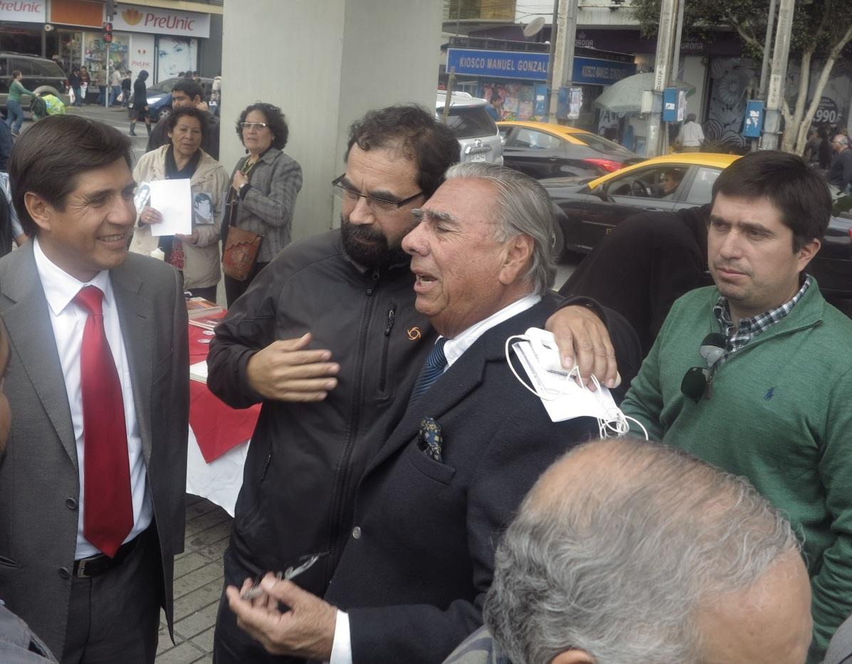 Diputado Gutiérrez llamó al Alcalde Soria a recuperar la Plaza Condell para la sociedad civil