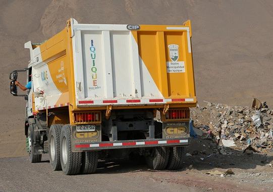 Municipalidad inicia campaña de retiro de escombros en el Cerro Dragón