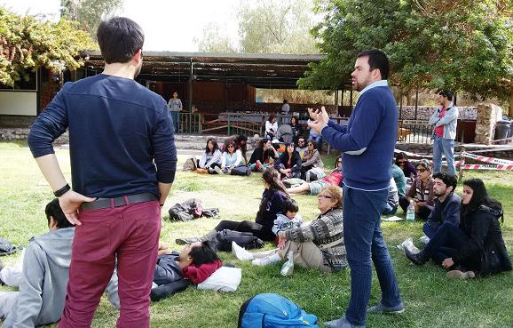 Jóvenes empresarios participan en campamento de emprendimiento