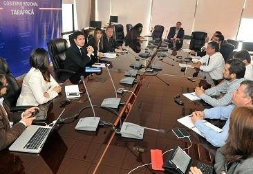 En medio de crisis política en Tarapacá y con Alcalde Soria gestionando en La Moneda, intendenta trata de retomar agenda pública