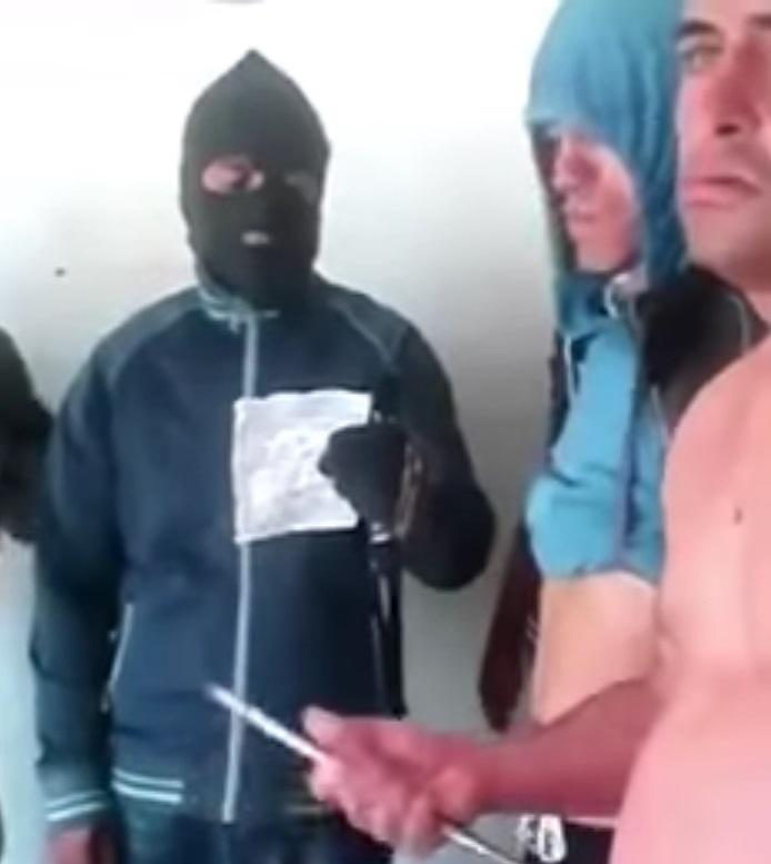Se viraliza video de reos de Hospicio que se autoinfieren heridas acusando a Gendarmería de atropellar sus derechos