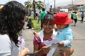 """Niños y niñas se vacunaron contra el Sarampión en actividad de programa """"Calles Abiertas"""""""