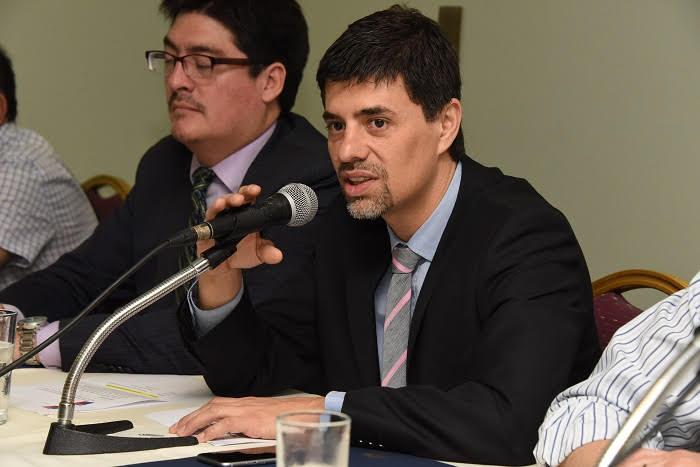 Vocero: El Gobierno trabaja para proteger las familias ante adverso escenario económico