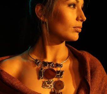 Nueva Colección de Jeannette Baeza, muestra evolución  en diseños de joyas con materias primas locales