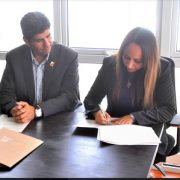 Contraloría Regional y Gobernación de Iquique establecen convenio para análisis de las áreas críticas de la gestión