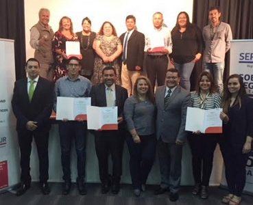 """Un resort, un hotel y tres tours operadores de Tarapacá certificados con sello """"Q"""" en calidad turística"""