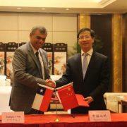 Alcalde Mauricio Soria firmó preacuerdo de hermanamiento entre las ciudades de Iquique y Zhengzhou