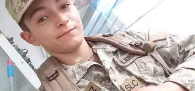 """Dramático testimonio de madre de Marco Antonio Velásquez: """"A mi hijo lo hostigaban, le ponían sobrenombres, lo hacían pelear con guantes… y ahora lo recibo sin vida"""""""