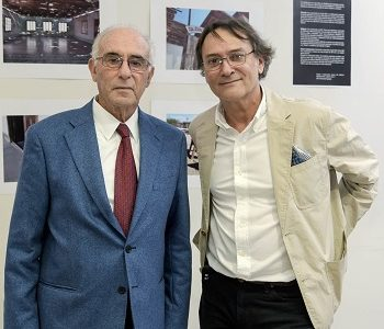 En Universidad de Las Américas inauguran exposición fotográfica «Mi reencuentro con Humberstone», del artista audiovisual Jorge Muñoz Ubal